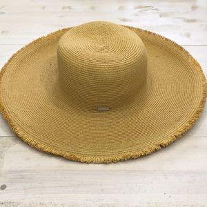 Bijoux Terner wide brim straw sun beach hat